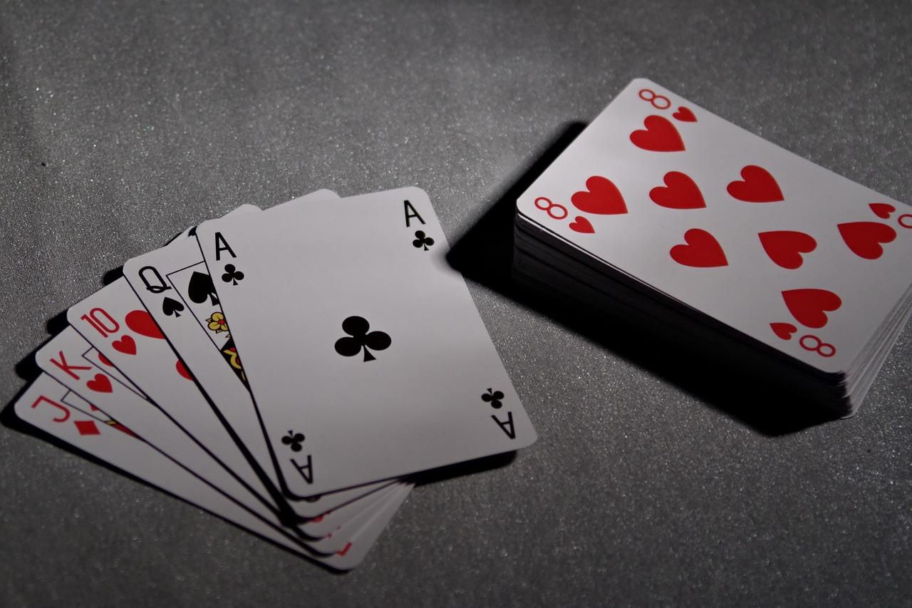 Mogeln Regeln Spielanleitung